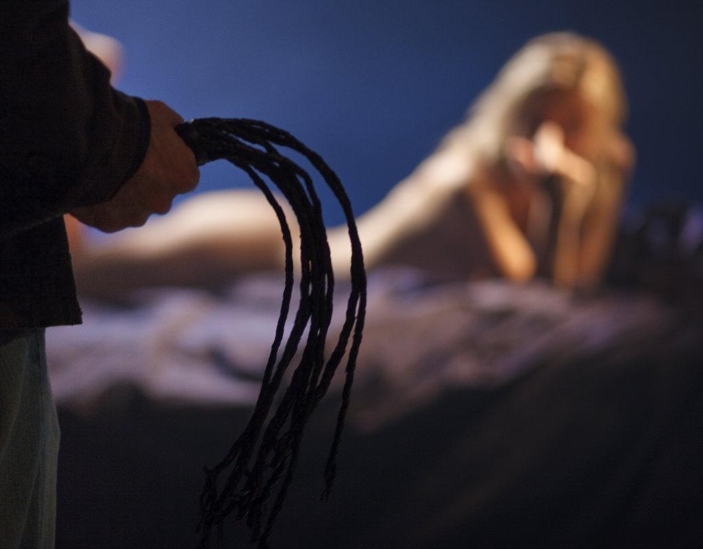 nude blond german girls kissing head of dick