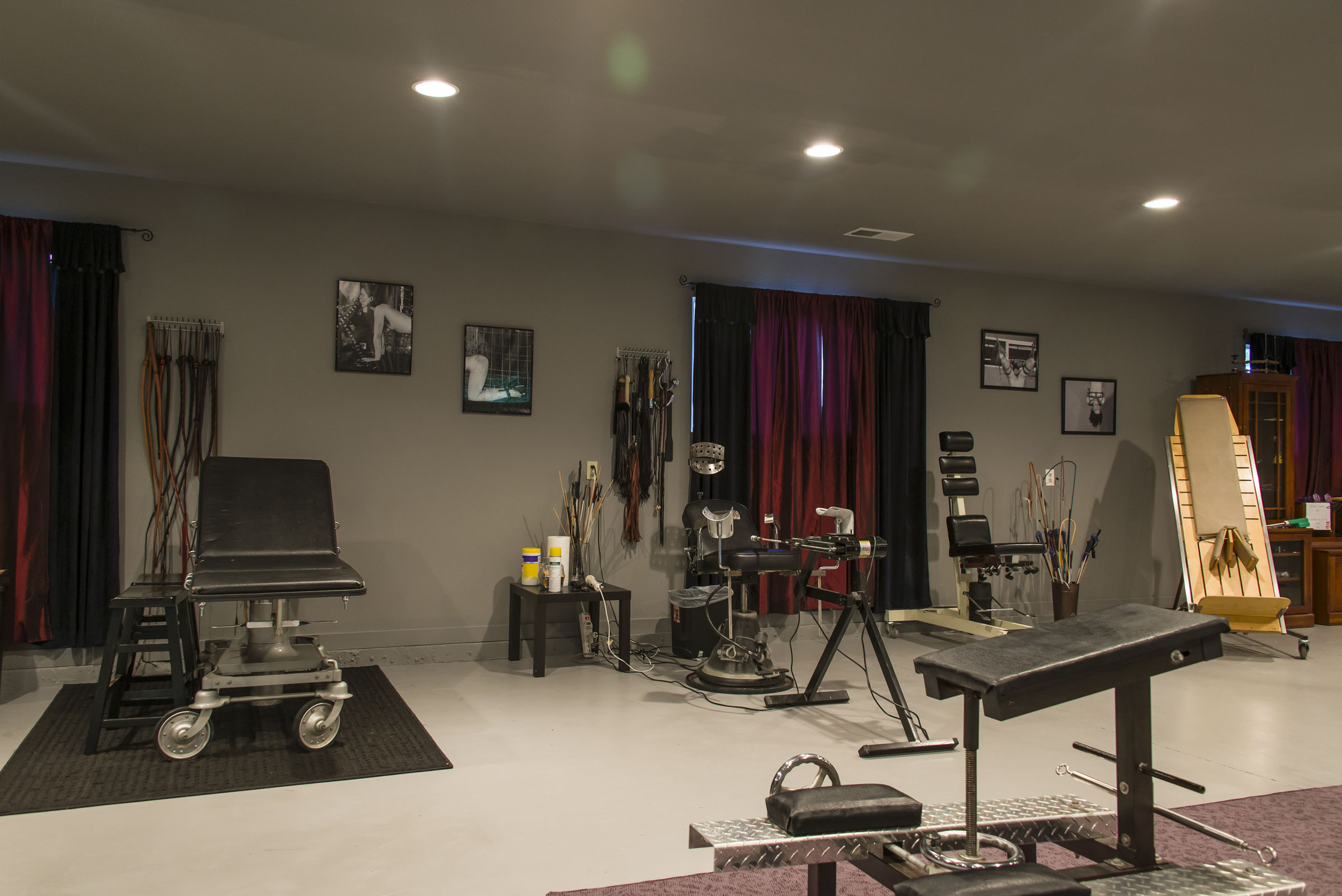 bdsm play rooms