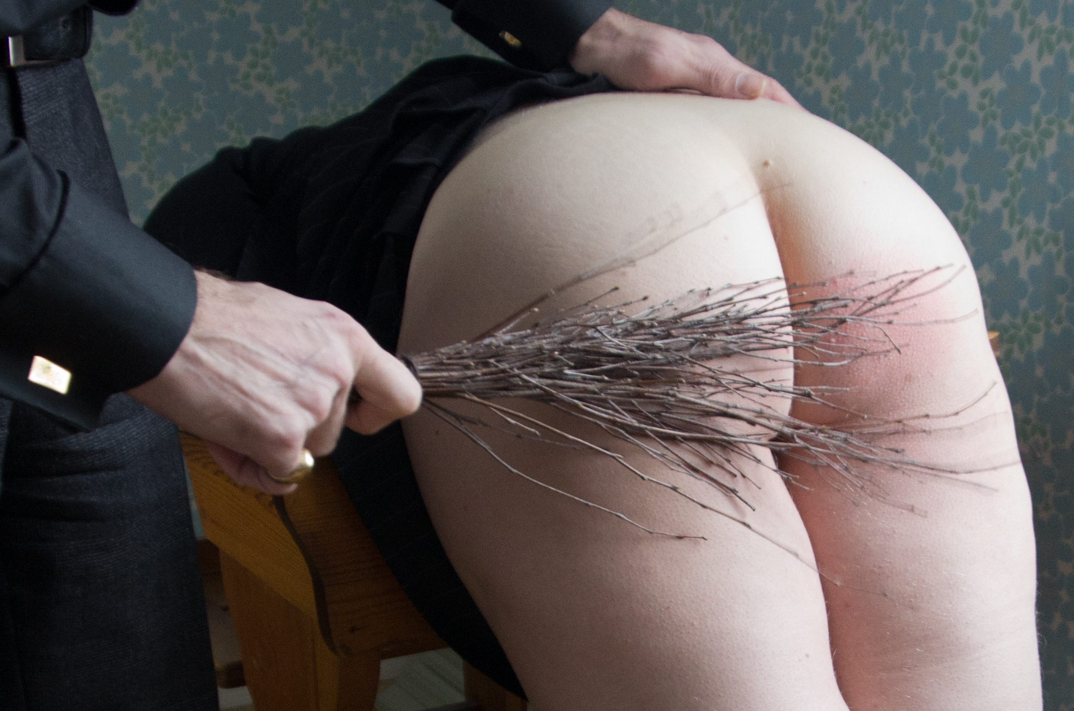 Saxon amateur spankings