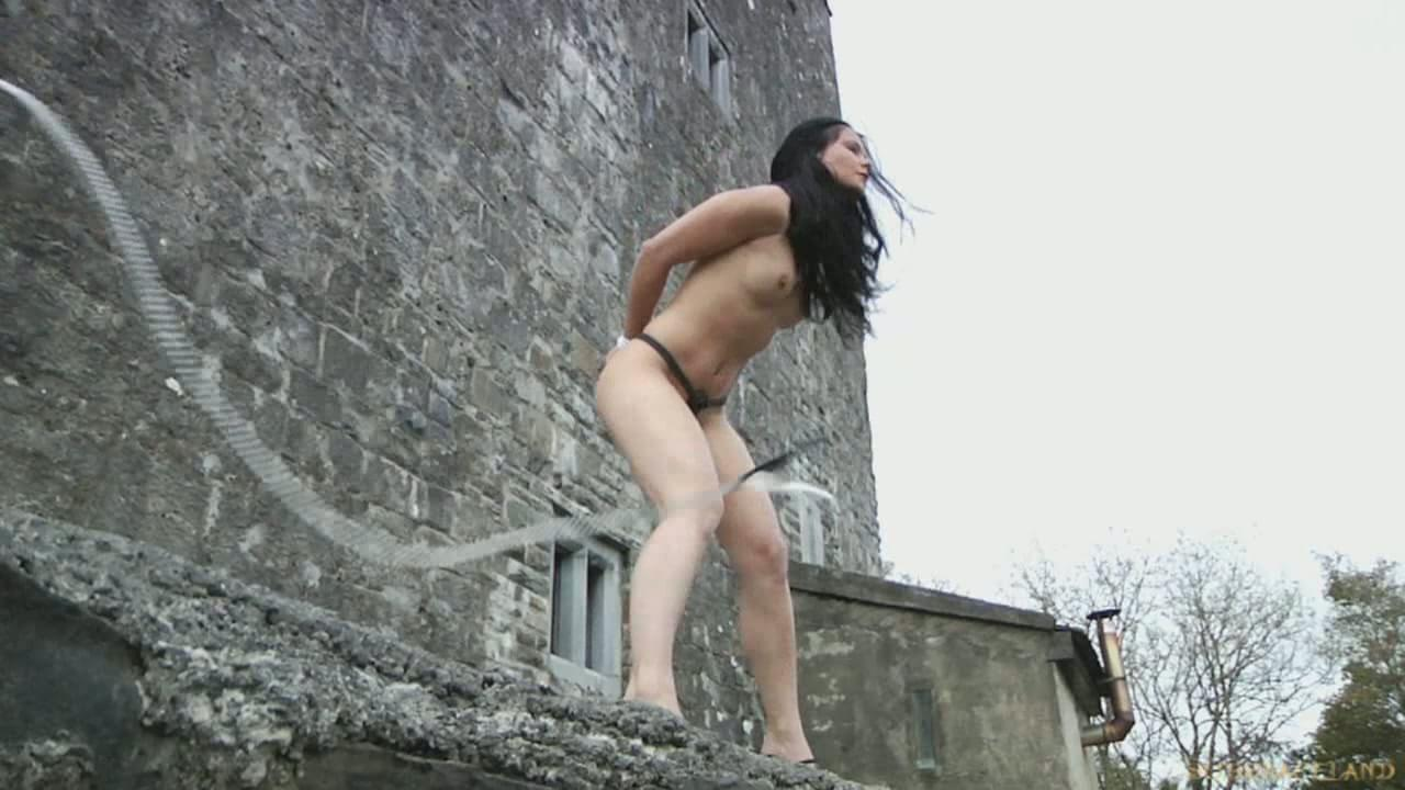 slaves female punished sex