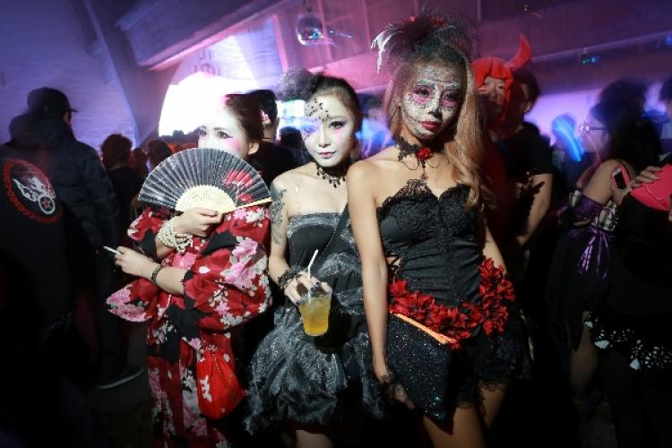 halloween fetish party