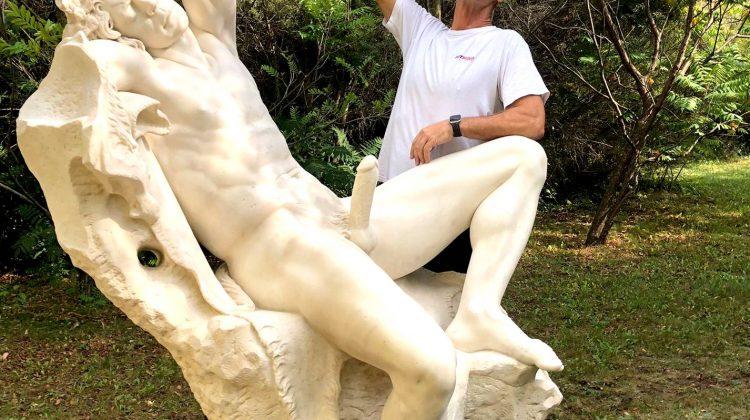 Rocco Siffredi statue